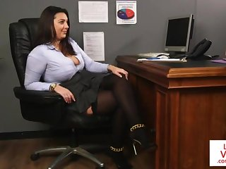 Office honey teaches slave fucking coadjutor to masturbate