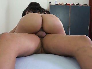 WOW porn actress from Venezuela Kesha Ortega gets her twat nailed