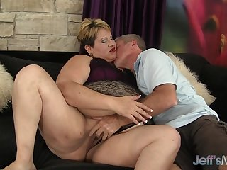 Charming Mature BBW Bonita Latina Gets Ruinous with respect to an Grey Man