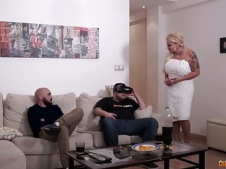 Sex-crazy stepmom Alexa Blun fucks best friend of her stepson