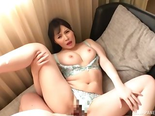 Asian mom fucked merciless while being filmed screaming