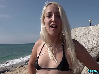 Outdoor sex with a cocktail lounge hunk during her red-letter day