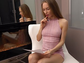 Libidinous babe Jolie A is bringing off with sex-starved pussy