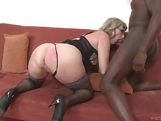 Mature housewife with big swag Aja C is into riding and sucking big BBC