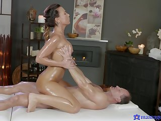 Sex bomb Alicia Outcast gets massaged and fucked by a large dick